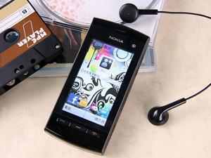 NOKIA 5250 平價 Touch 音樂隨身聽