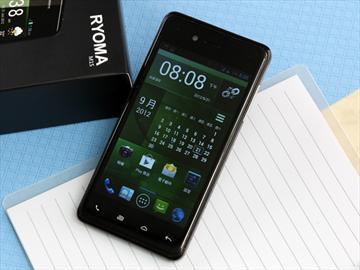 RYOMA M1S 主打台灣製造的萬元有找雙核手機