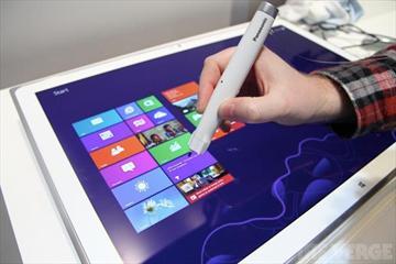 松下發表20吋4K UHD Win8平板與光學觸控筆【CES 2013】