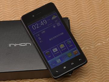 台灣製造的平價雙核手機 INHON PAPILIO G1
