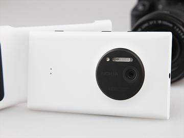 NOKIA Lumia 1020 雙劍合璧 為拍照而生